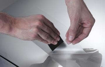 Как правильно наклеить защитную плёнку